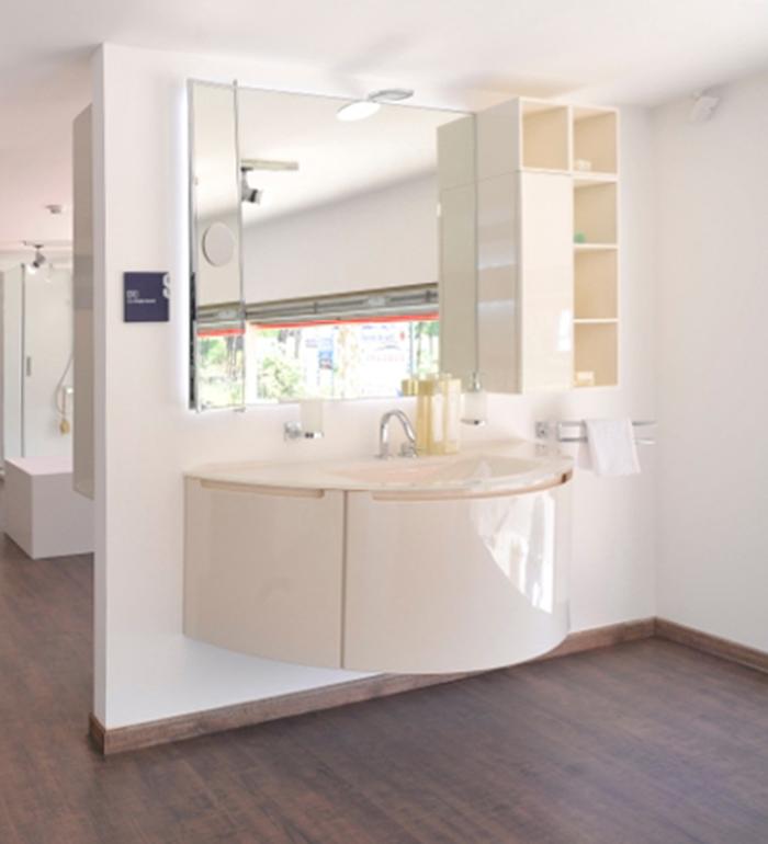 Scavolini Classic Modern And Modular Kitchens Showroom